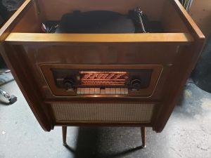 old radioRepair